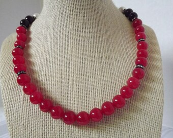 SALE/Red Jade and Rhinestone Necklace Set
