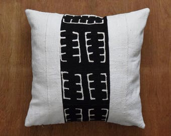 """African Mudcloth Pillow, Double sided mud cloth pillow, Tribal pillow cover for 22"""" x 22"""" Pillow Inserts- REF: 0MXMB15"""