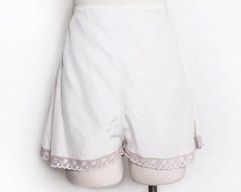 Vintage 1930s Tap Pants - Ivory Rayon High Waist Shorts Lingerie - Medium