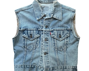 Vintage 1980s Levis Cut Off Vest Womens Size S/M Made In USA