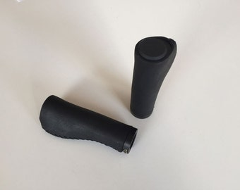 bicycle leather grips black