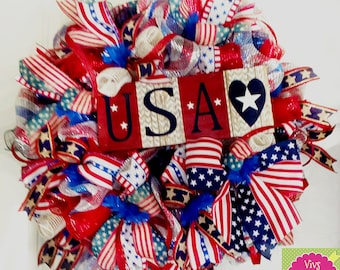 Americana Wreath, USA Wreath, July 4th Wreath, Memorial Day Wreath, Veterans Day Wreath, Patriotic Wreath, Summer Wreath, Americana Decor
