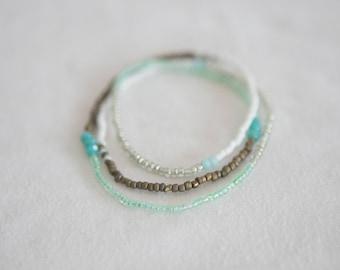 Elastic wrap around seed bead bracelet