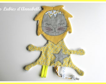 Flat blanket to little Lion toy theme tags 1 age
