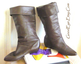 Vintage Leather PIRATE Knee Boots / Size 7 .5 M Eu 38 UK 5 / Flat Pixie Cuff Slouch Boot WIDE Leg / Dark Brown made in Uruguay