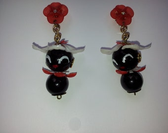 1940 inspired earclips,original 50 Stitches Chi-chis, Red& white/ little comic Pittiplatsch DDR, celluloid, Calimero