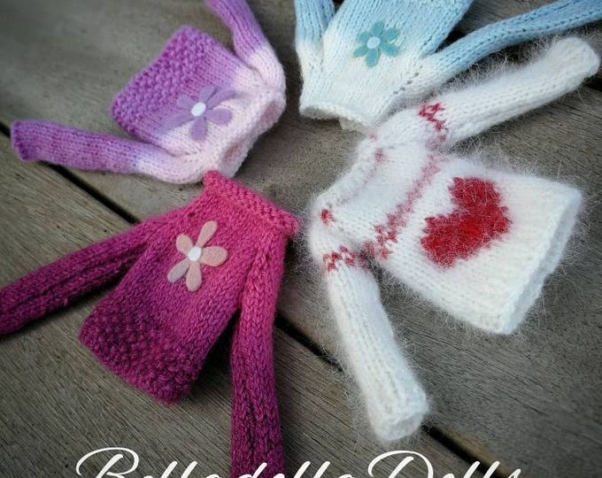 Sweaters handmade for Blythe and pullip