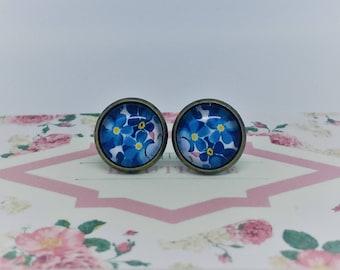 Retro Blue & Yellow Floral Handmade Vintage Boho Glass Stud Earrings. Jewellery Gift for Women, Girlfriend, Wife, Fiancee, Girl, Birthday.