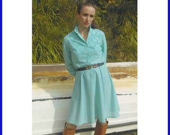 Turquoise embroidery 70's Dress