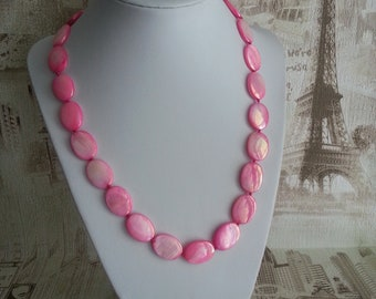 Beads of Pearl, Pink mother-of-pearl beads