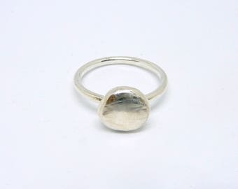 Sterling silver rustic ring. Handmade silver pebble ring. Tiny silver ring. Solid silver ring. Skinny silver ring. Thin silver ring