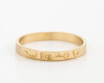 Thin Gold Band, 18k Gold Wedding Ring, Dainty Wedding Ring, Minimalist Gold Ring, Engraved Ring, Personalize Wedding Ring