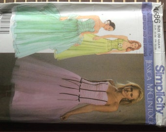 Simplicity 4686 - evening wear dresses