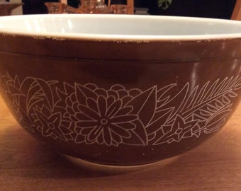 Pyrex Mixing Bowl Woodland Brown #403 2.5L Vintage.