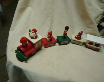 Vintage 1987 Tony Toy Train Set, collectable, 4 cars, Made in China