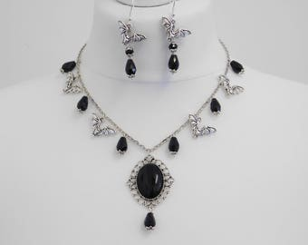 Gothic Black Drop Bat Necklace & Earring Set Halloween