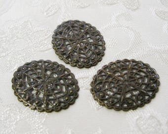 Antique Bronze Victorian Oval Filigrees 21mm x 17mm 544