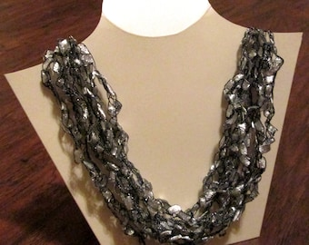 SILVER - Lovely Lightweight Necklace (Other Colors Available)