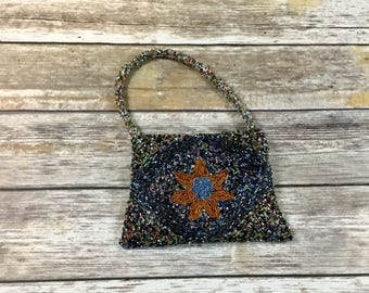 Vintage Black Floral Glass Beaded Purse / Black Seed Bead Pouch / Vintage Hand Bag Purse Clutch