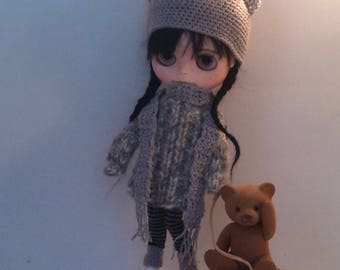 Oversized cable sweater, matching hat and long scarf for Blythe or Pullip