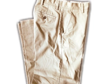 "30""W x 32""L Dockers D3 Easy Khaki Pants"