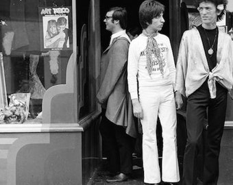 Notting Hill shopping, London England, Beatles era, black and white photo, swinging 60s, group of hippies, vintage photo, face painting