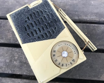 Vintage Transistor Radio, General Electric Model P-808C, AS IS, Untested, 1960s