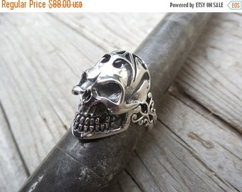 ON SALE Skull ring handmade in sterling silver