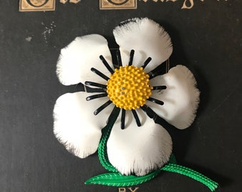 1960s Large Vintage Flower Floral Brooch Pin