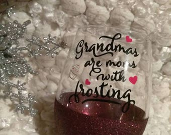 Mom's with Frosting // Glitter Dipped // Personalized Wine Glass // Grandma // Nana // Memaw // Grandma to be // Future