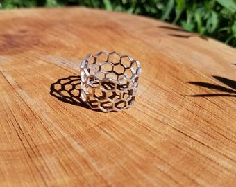 Honeycomb Filigree Ring in 100% Recycled 925 Sterling Silver