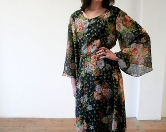 ON SALE 70's Floral Maxi Dress