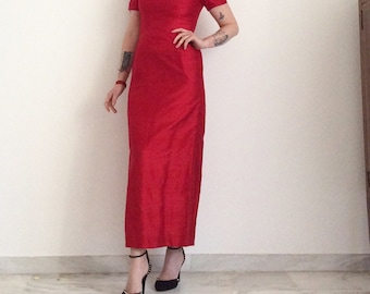 Evening dress in red silk, romantic and feminine, vintage 1980. Size USA 6