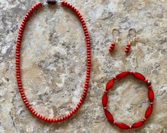 Coquelicot Necklace Set