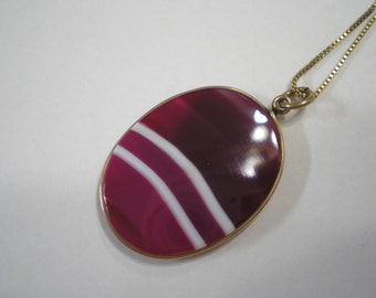 Antique Vintage Gold Fill Striped Burgundy Agate Pendant on Gold Plated Sterling Box Chain 18 Inch