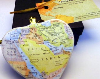 Saudi Arabia Map Christmas Ornament, Your Special Place in the Heart / HONEYMOON Gift / Wedding Map Gift / Travel Tree Ornament /