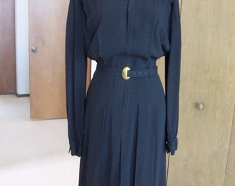 Beautiful Black Dress with Such Classic Features of WWII L XL