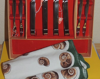 RONEUSIL Germany Escargot Set with Kreier Linen Towel