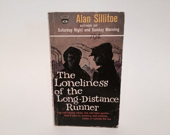Vintage Pop Culture Book The Loneliness of the Long-Distance Runner by Alan Sillitoe 1960s Paperback Classics