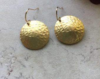 Hammered Gold Disc Earrings, Gold Earrings, Disc Earrings, Hammered Discs, Dangle Earrings, Gift For Her, Everyday Earrings, Drop Earrings