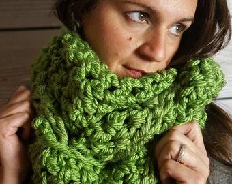 Green Infinity Scarf - Basil Green Circle Scarf - Green Cowl Scarf - Crochet Infinity Scarf - Crochet Loop Scarf - Circle Scarf