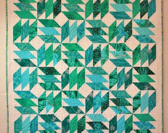 blue/green/teal  small child lap/baby quilt