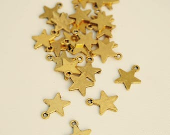 Star, Metal Gold 11.7 charms 10 / 14 mm
