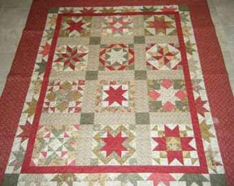 Clearance! Half Star Shabby Chic Quilt, Lap quilt, throw quilt,