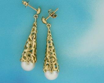 Pearl Drop Earrings, Gold and Pearl Earrings, Solid Gold Dangles, Cultured Pearl and 14k dangles, June Birthstone, Long Earrings