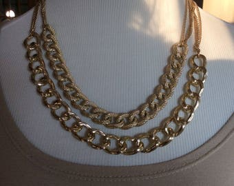 Beautiful gold chain chunky necklace one-of-a-kind great Christmas present