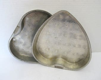 Vintage Ovenex Echo Heart Shaped Cake Pans Baking Pans