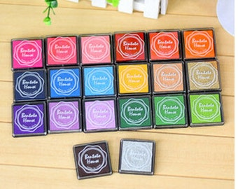 20pcs/lot 20 colors DIY Scrapbooking Vintage Crafts Ink pad Colorful Inkpad Stamps Sealing Decoration Stamp