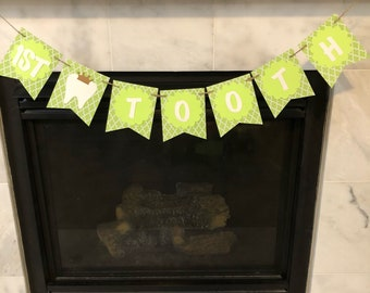 First tooth banner, Teething party banner, teething party decorations, Atam Hatik party, green banner, lime green banner, Green Party decor