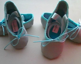 Lambskin Baby Ballet Slippers with Ribbons - Little Children & Babies sizes